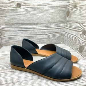 1. State Carleigh Leather d'Orsay Flat black